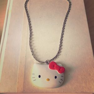 Hello Kitty Heart Chain Necklace.